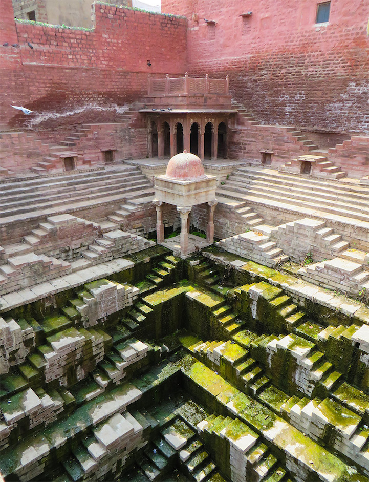 Victoria Lautman, India stepwells2
