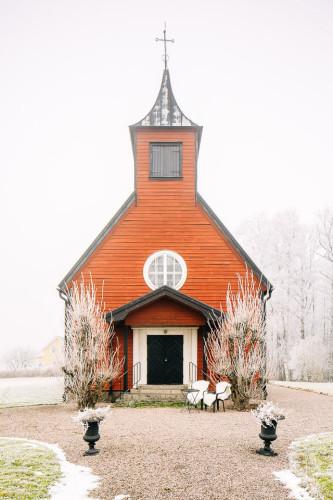 silly-little-chapel-25
