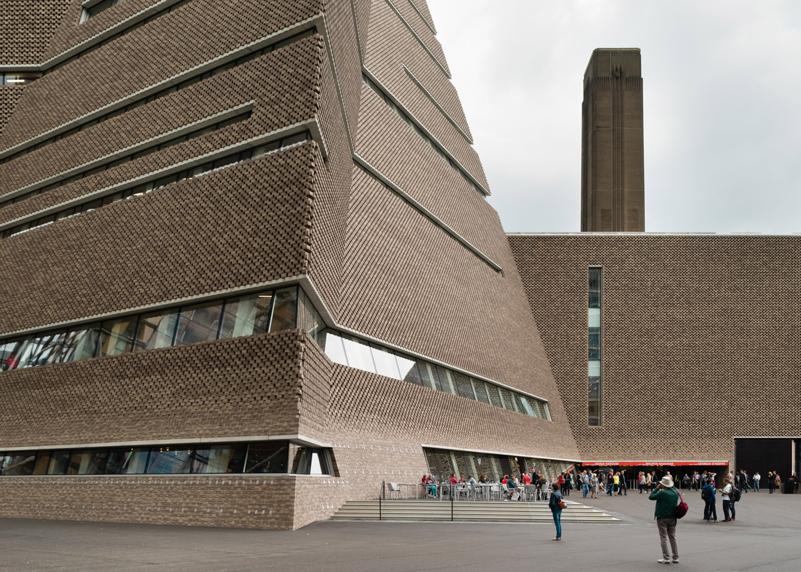 tate modern International and modern contemporary art - exhibitions, free displays and events  daily.