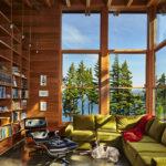 A lake cabin in Washington