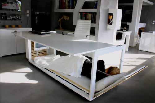 Studio NL, Desk Convertible to bed3