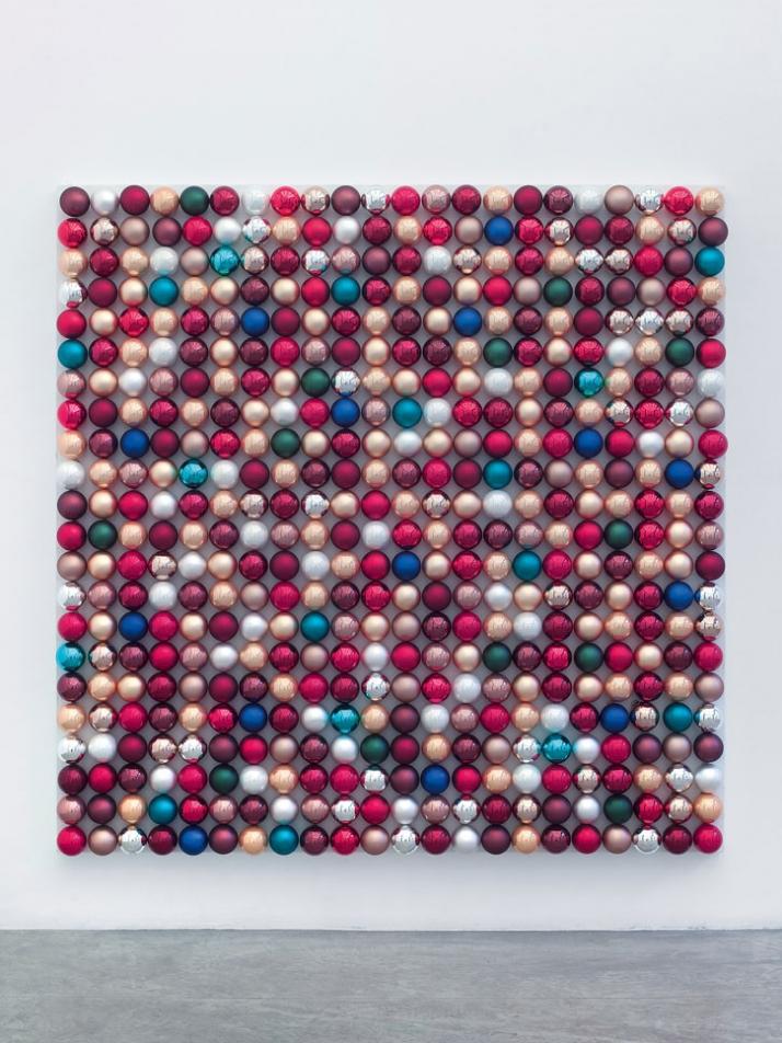 John M. Armleder, Christmas balls installation