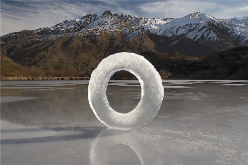 Martin Hill sculptures Diamond Lake Ice Circle