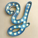 Light-bulb letter